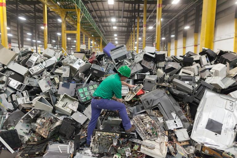 7 façons différentes de recycler au bureau
